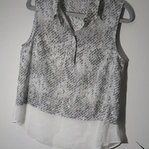 Dalia blouse size medium